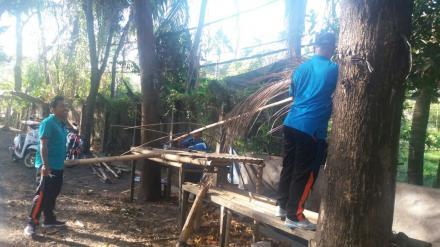 Pembongkaran Pedagang Kali Lima oleh Staf Pemerintah Desa