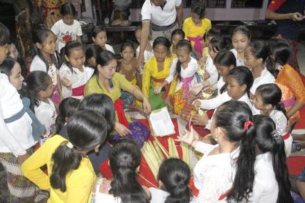 Pembukaan Pasraman Yowana Kriya Canthi Desa Pakraman Umeanyar Tahun 2018